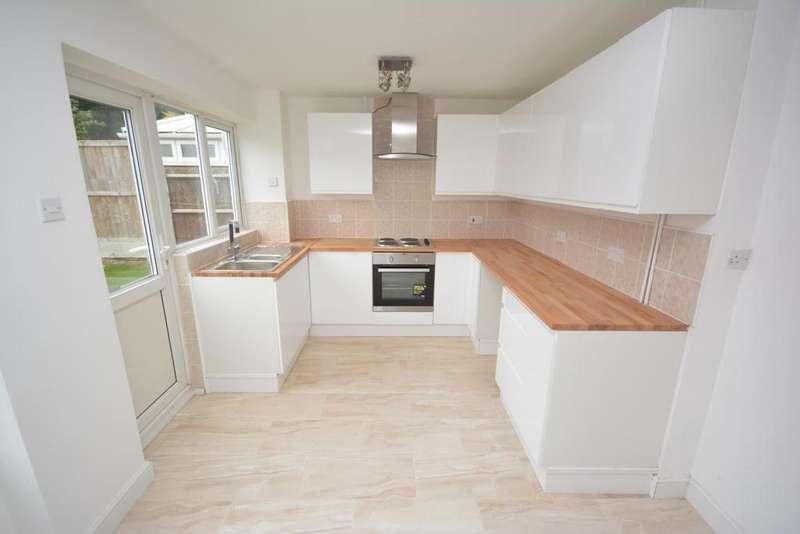 4 Bedrooms Detached House for sale in Boscawen Gardens, Braintree, Essex, CM7