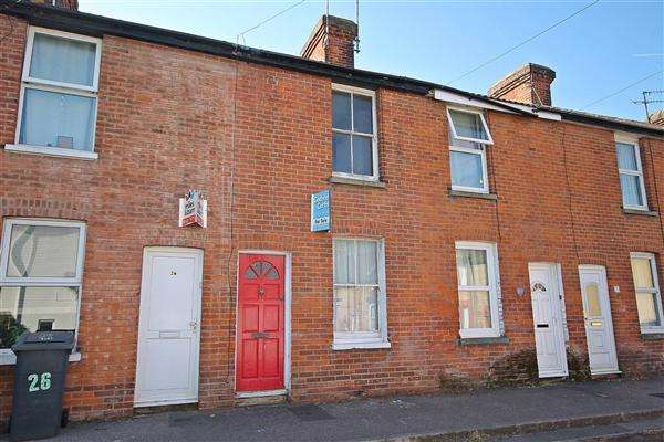2 Bedrooms Terraced House for sale in Zealand Road, Canterbury
