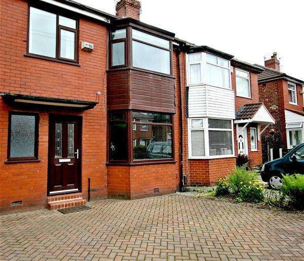 3 Bedrooms Semi Detached House for sale in Beech Avenue, Whitefield