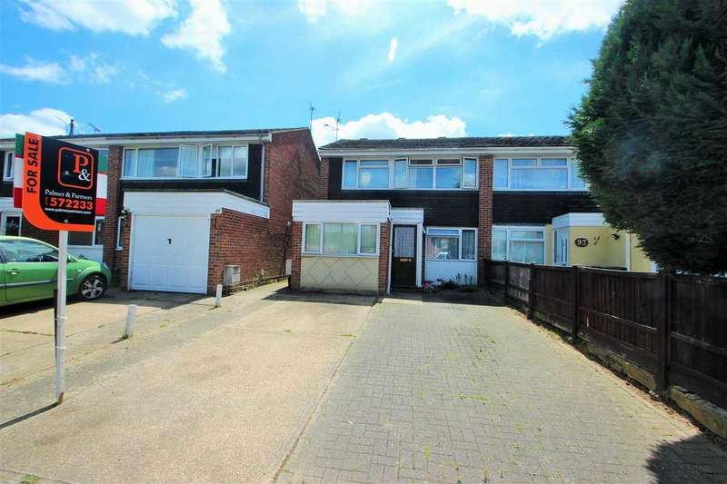 4 Bedrooms Semi Detached House for sale in Onslow Crescent, Colchester