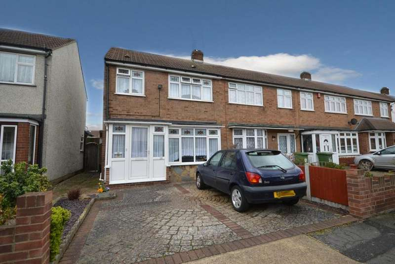 3 Bedrooms End Of Terrace House for sale in Newtons Close, Rainham, Essex, RM13