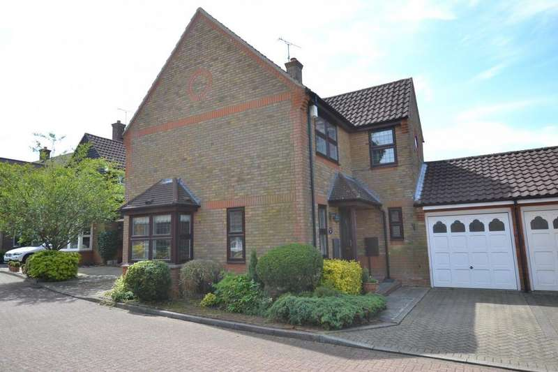 4 Bedrooms Detached House for sale in Western Mews, Billericay, Essex, CM12
