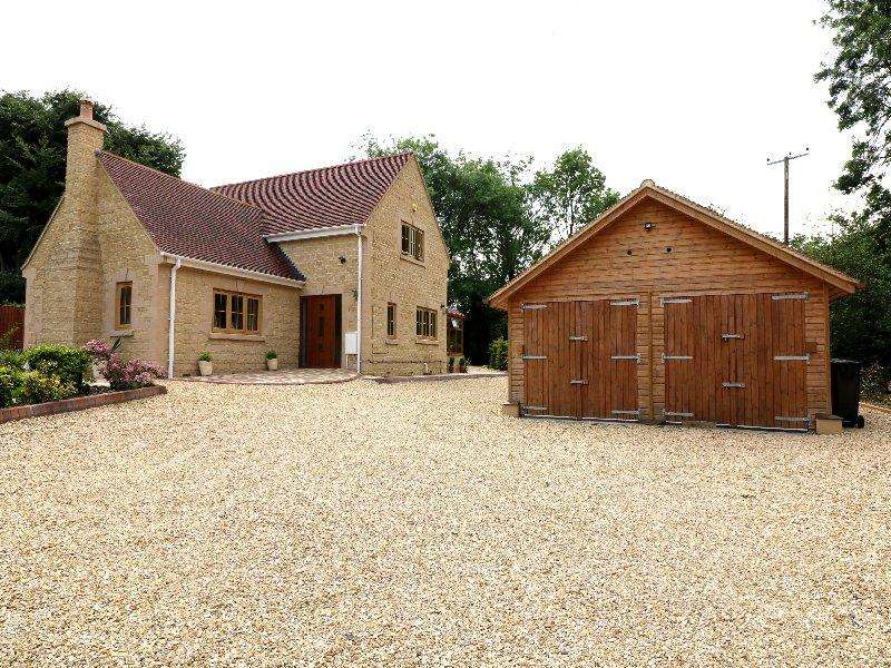 3 Bedrooms Detached House for sale in Eckington Road, Bredon GL20