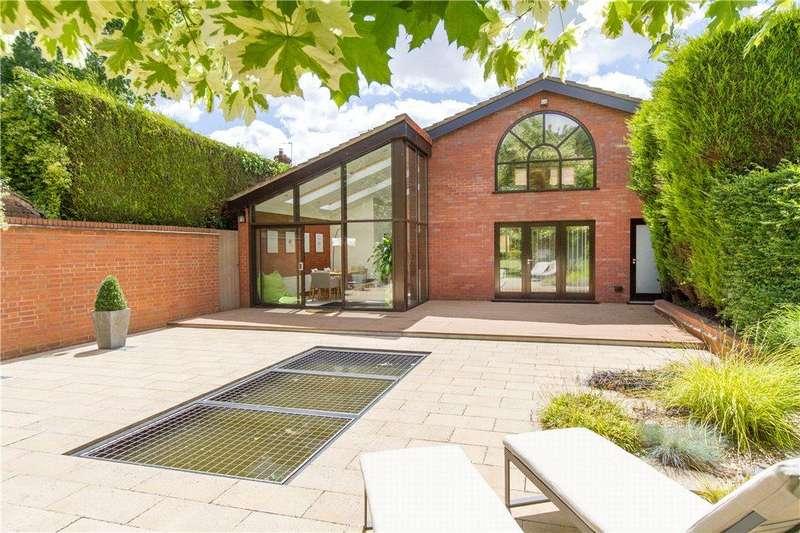 3 Bedrooms Detached Bungalow for sale in Belle Vue, Wordsley, Stourbridge, West Midlands, DY8