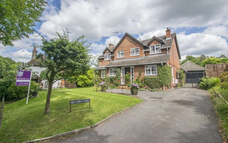 4 Bedrooms Detached House for sale in Cleeve Road, Goring on Thames, RG8