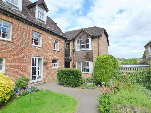 1 Bedroom Flat for sale in Southcote Lodge, Southcote, Reading,