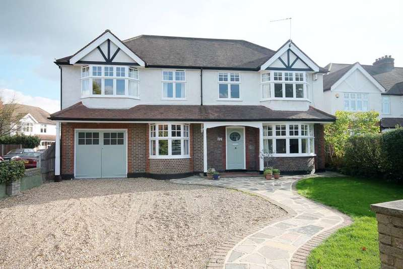 6 Bedrooms Detached House for sale in Cambridge Ave, New Malden