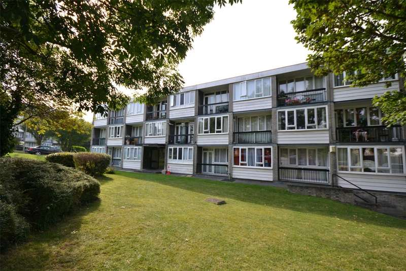 1 Bedroom Apartment Flat for sale in Ashbourne Court, Woodside Park, London, N12