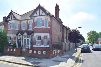 4 Bedrooms Semi Detached House for sale in Longley Road, Harrow