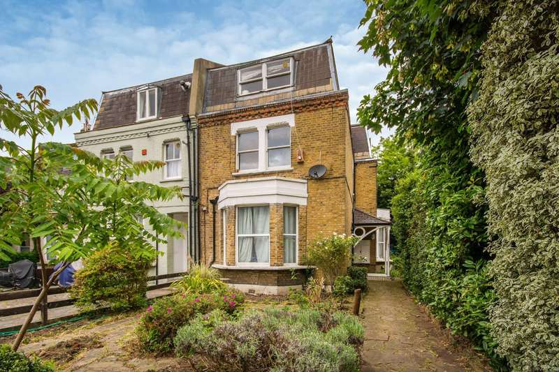 1 Bedroom Flat for sale in Kempshott Road, Streatham Common, SW16