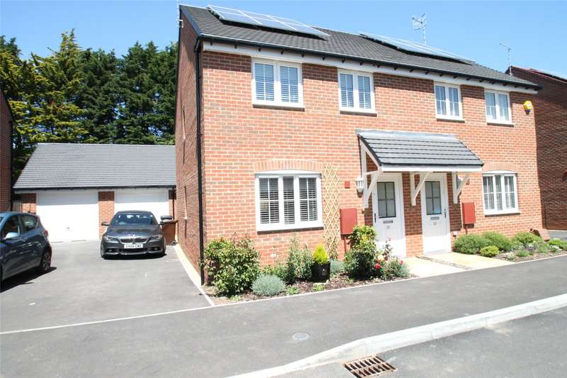 3 Bedrooms Semi Detached House for sale in Brougham Grove, Angmering, Littlehampton, BN16