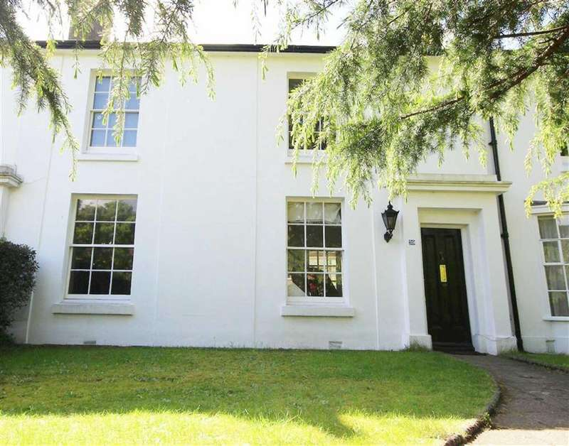 4 Bedrooms House for sale in Wood Street, High Barnet, Hertfordshire