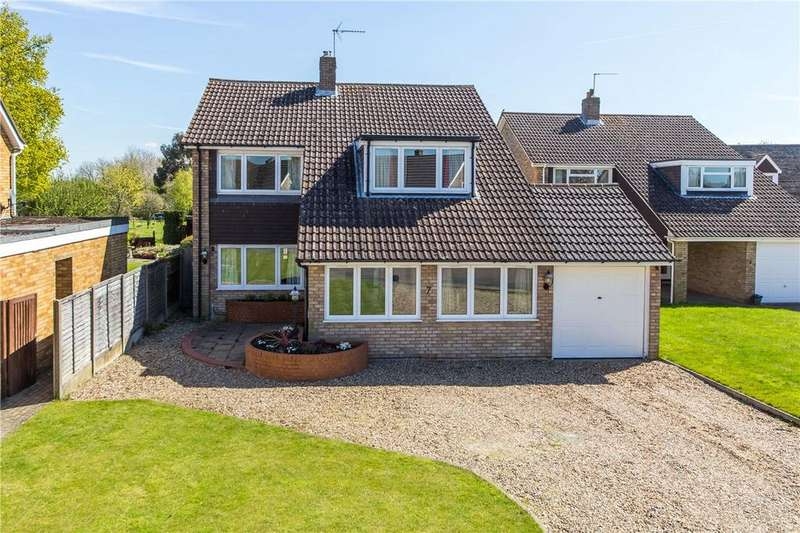 4 Bedrooms Detached House for sale in Poynings Close, Harpenden, Hertfordshire