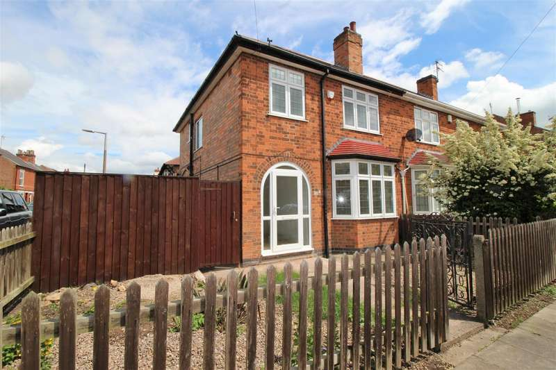 3 Bedrooms Property for sale in Montague Street, Beeston
