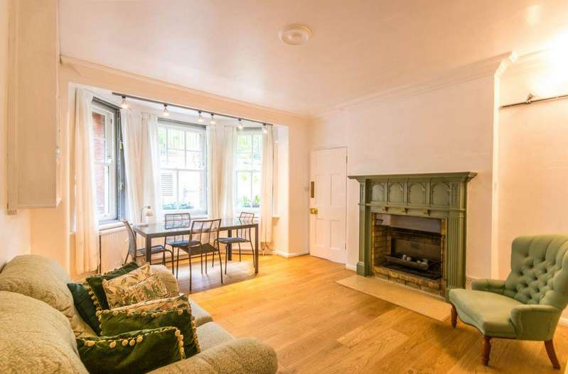 3 Bedrooms Apartment Flat for sale in The Pryors, East Heath Road, Hampstead, NW3