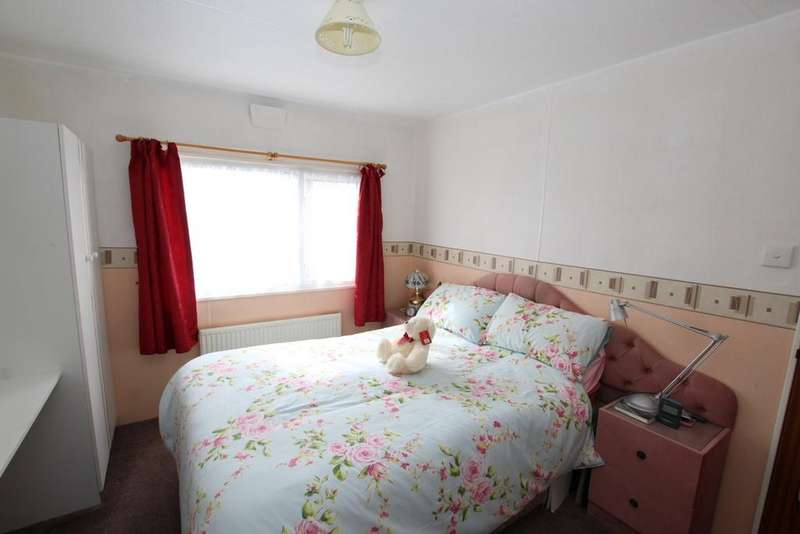 2 Bedrooms Chalet House for sale in West Shore Park, Walney