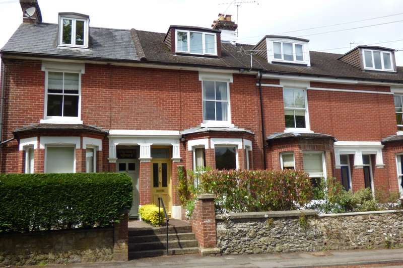 3 Bedrooms House for sale in Chichester Road, Midhurst, GU29