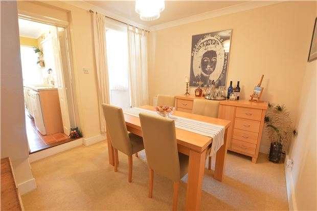 2 Bedrooms Terraced House for sale in Milton Road, Dunton Green, SEVENOAKS, Kent, TN13 2XJ