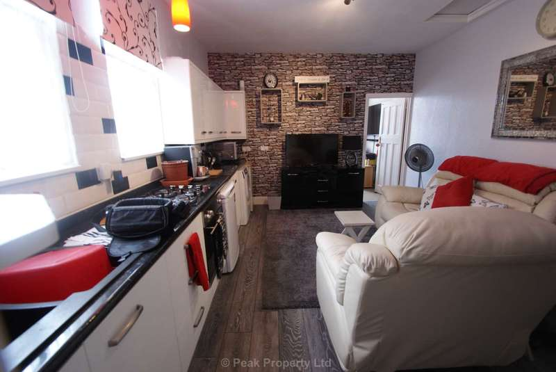 1 Bedroom Flat for sale in Victoria Avenue, Southend On Sea