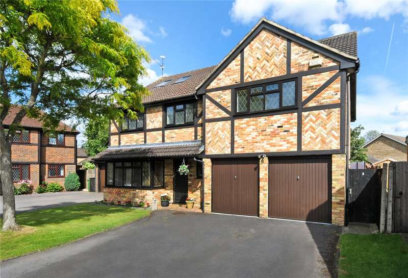 5 Bedrooms Detached House for sale in Fennel Close, Farnborough, Hampshire, GU14