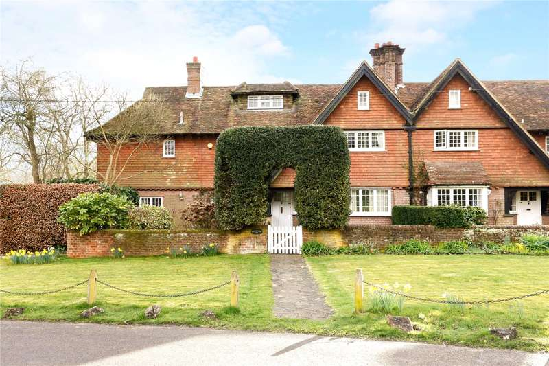 6 Bedrooms Semi Detached House for sale in The Lee, Great Missenden, Buckinghamshire, HP16