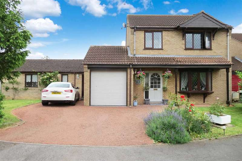 4 Bedrooms Detached House for sale in Brauncewell Close, Ruskington