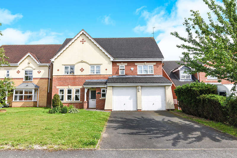 5 Bedrooms Detached House for sale in Sandown Drive, Catshill, Bromsgrove, B61