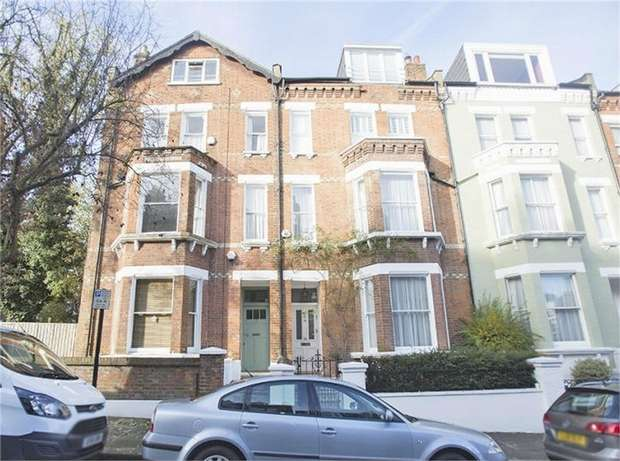 1 Bedroom Flat for sale in Willoughby Road, London