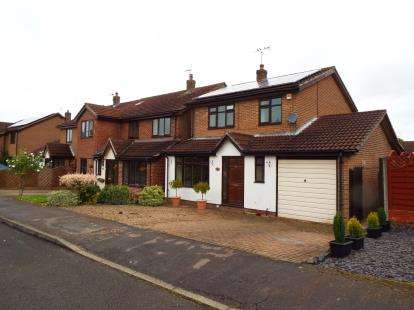 3 Bedrooms Detached House for sale in Briar Close, Blackfordby