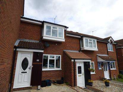 2 Bedrooms Terraced House for sale in Hornbeam Way, Waltham Cross, Hertfordshire