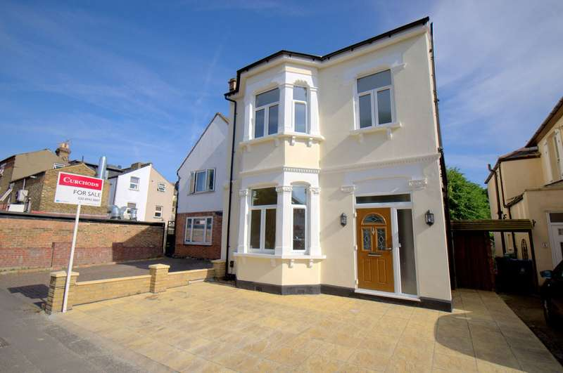 4 Bedrooms Detached House for sale in The Groves