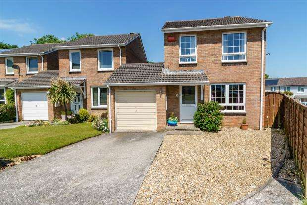 3 Bedrooms Link Detached House for sale in Hawks Park, Lower Burraton, Saltash, Cornwall