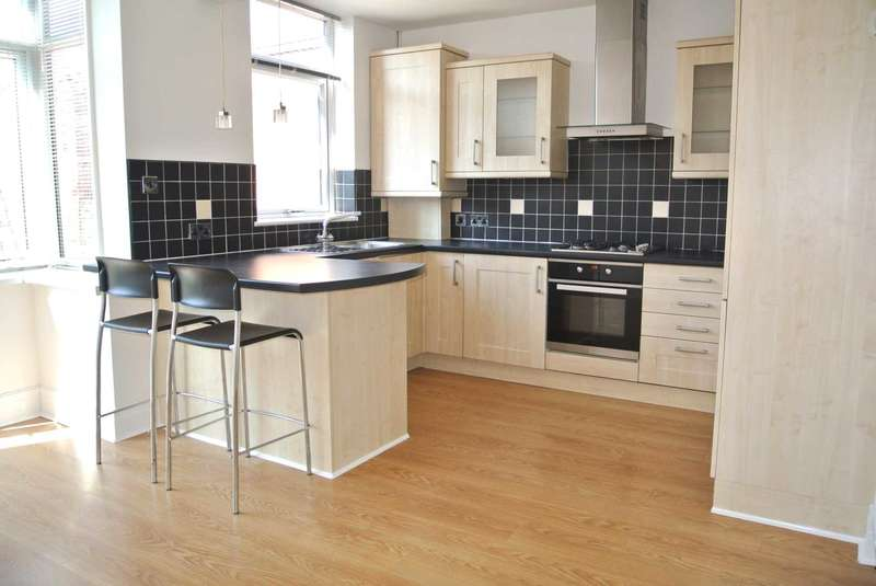 3 Bedrooms House for sale in Lulworth Avenue, Blackpool, FY3 9SN