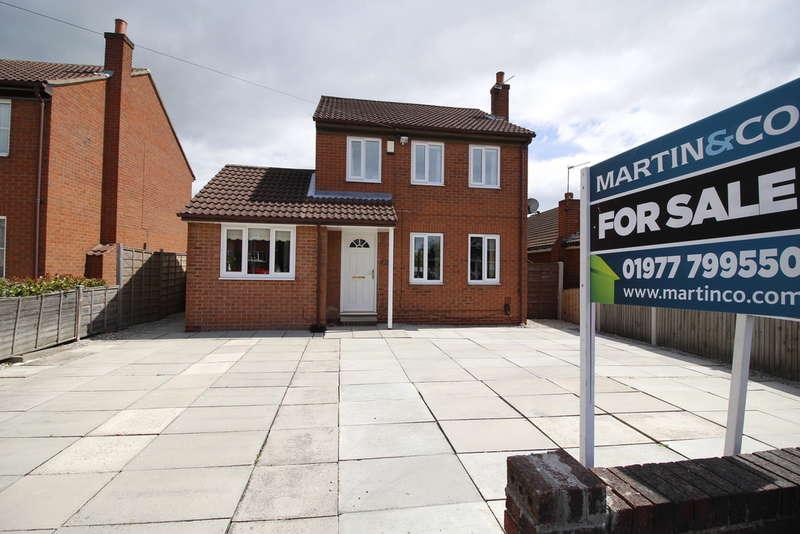 4 Bedrooms Detached House for sale in Kendal Drive, Castleford