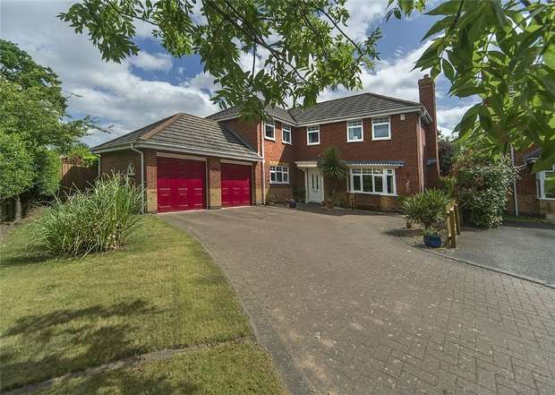 5 Bedrooms Detached House for sale in 18 Holt Coppice, Bratton, Telford, Shropshire