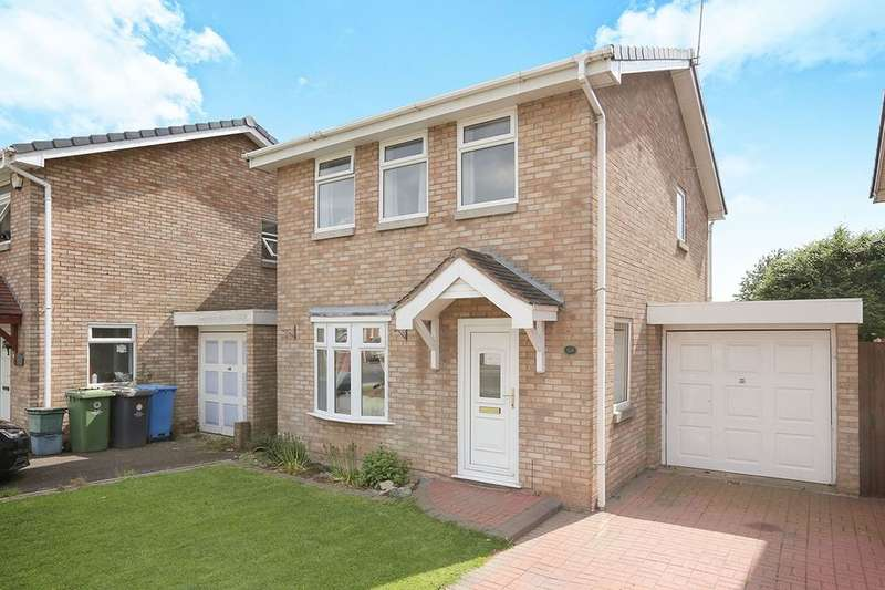 3 Bedrooms Detached House for sale in Mercia Drive, Perton, Wolverhampton, WV6