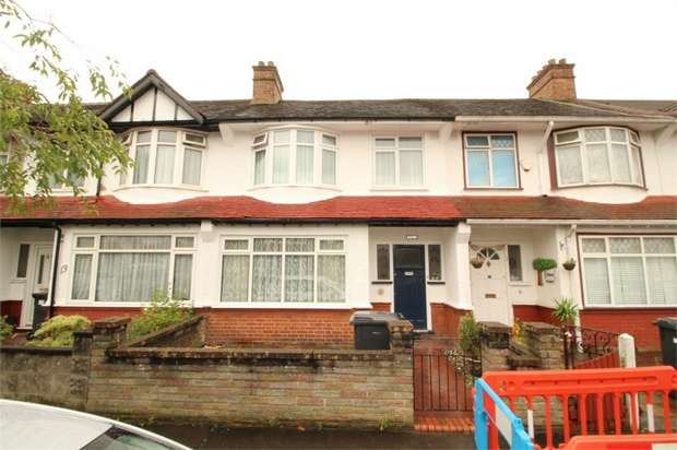 3 Bedrooms Terraced House for sale in Woodcote Avenue, Thornton Heath, Surrey