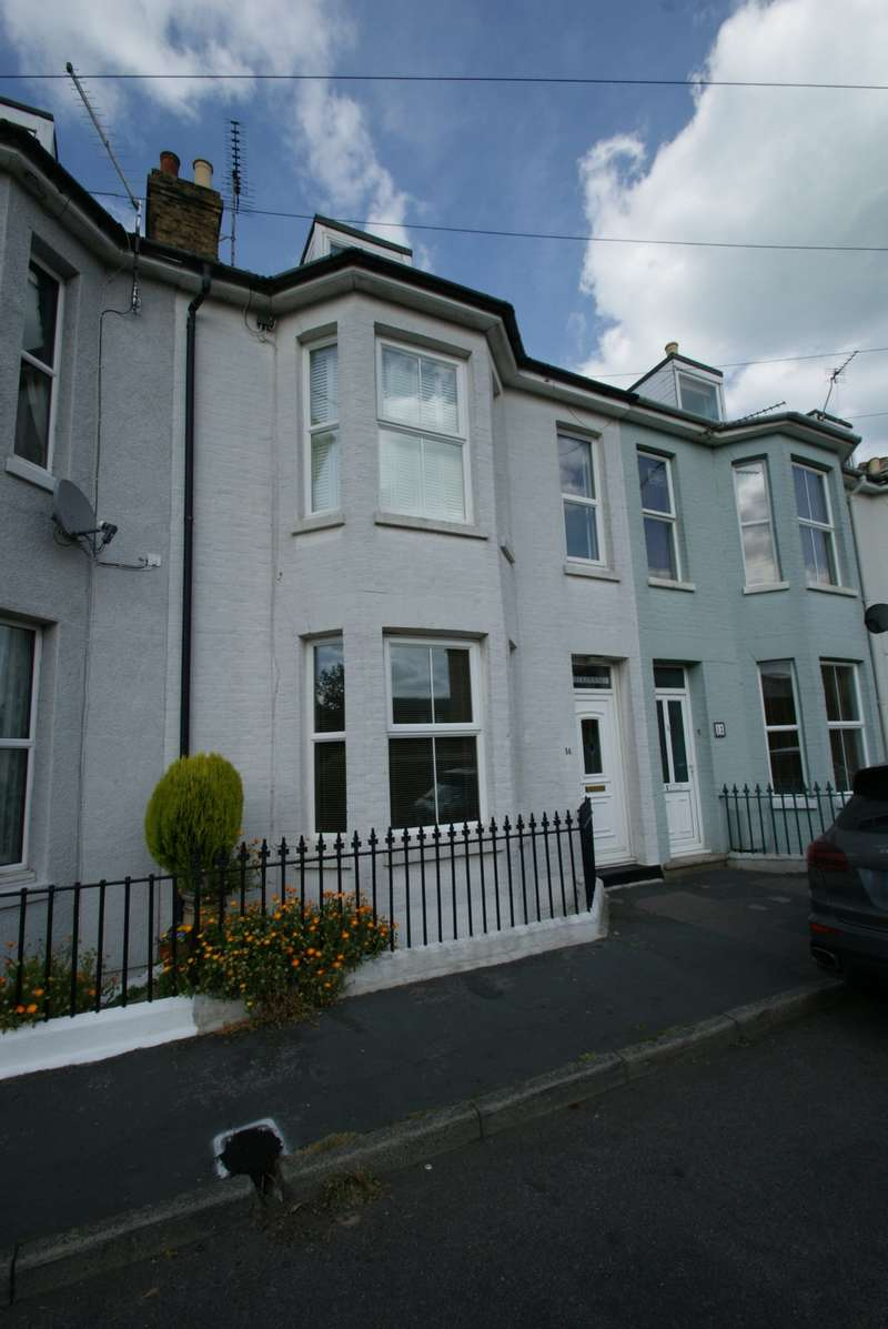 4 Bedrooms Terraced House for sale in Canada Road, Deal, CT14