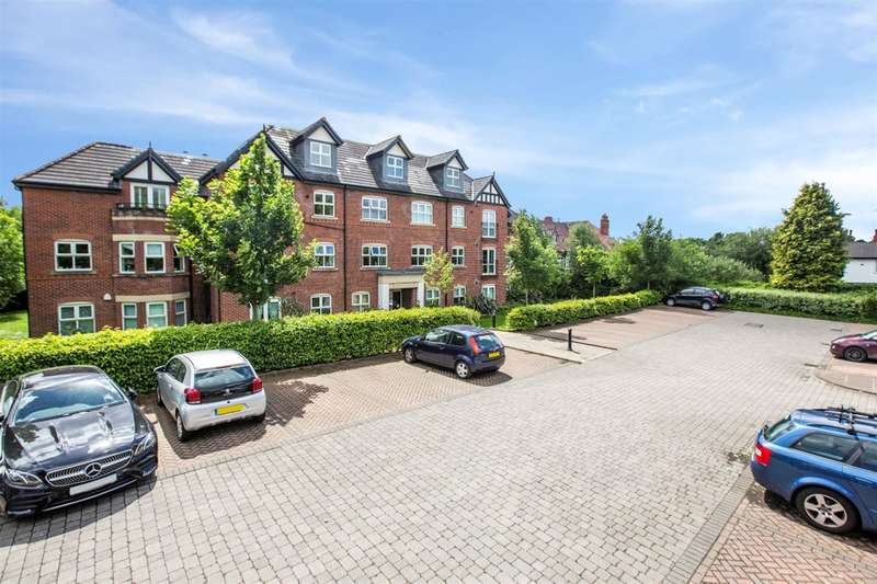 2 Bedrooms Flat for sale in Worsley Road, Swinton, Manchester, M27 0YE