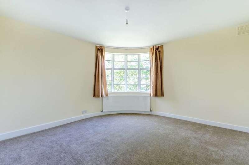 1 Bedroom Flat for sale in Kingsley Court, Willesden Green, NW2