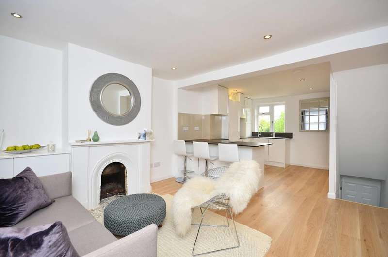 2 Bedrooms End Of Terrace House for sale in Stoughton Road, Stoughton, GU1