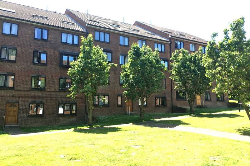 1 Bedroom Flat for sale in Lesley Place Buckland Hill, Maidstone, ME16