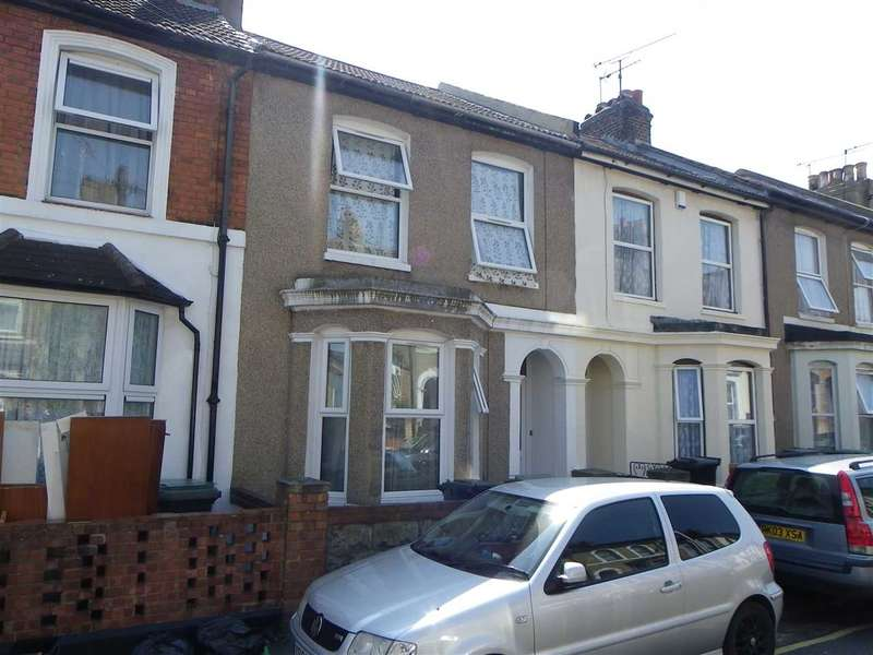 3 Bedrooms Terraced House for sale in St Johns Road, Gravesend