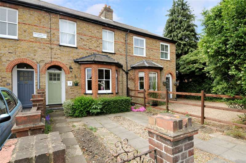 3 Bedrooms Terraced House for sale in Orchard Lea Villas, Dedworth Green, Windsor, Berkshire, SL4