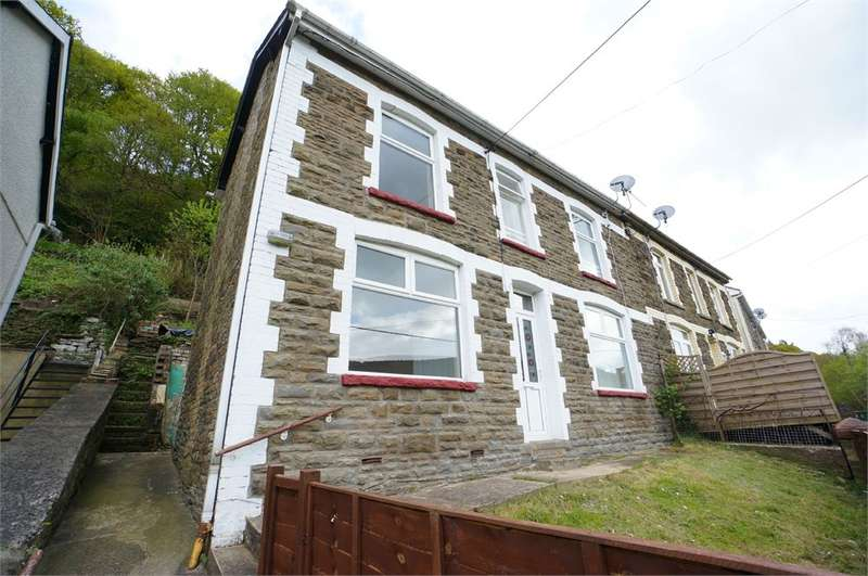 3 Bedrooms Semi Detached House for sale in Rhyswg Road, Abercarn, NEWPORT, NP11
