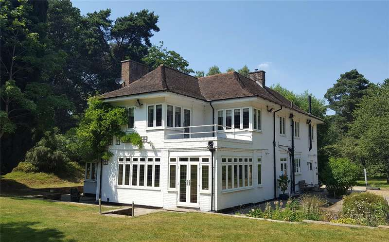 4 Bedrooms Detached House for sale in Lower Moushill Lane, Milford, Godalming, Surrey, GU8