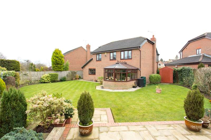 4 Bedrooms Detached House for sale in Wike Ridge Avenue, Leeds, West Yorkshire, LS17