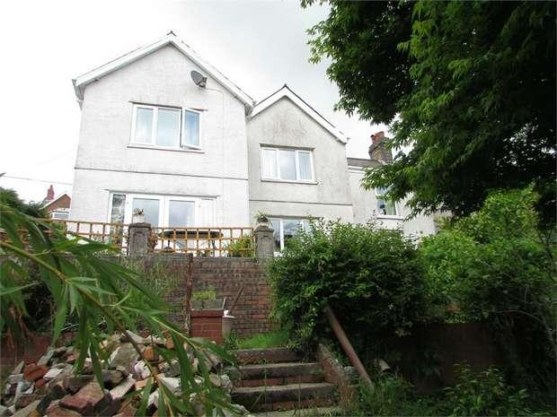 3 Bedrooms Detached House for sale in Tygwyn Road, Clydach, Swansea, West Glamorgan
