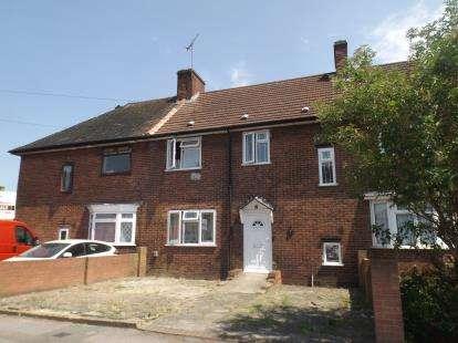 3 Bedrooms Terraced House for sale in Dagenham, London, United Kingdom