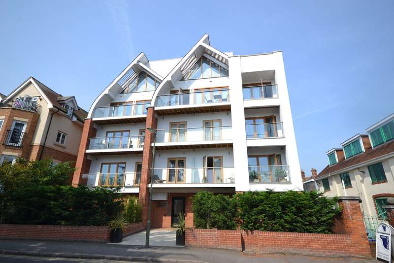 1 Bedroom Apartment Flat for sale in West Byfleet